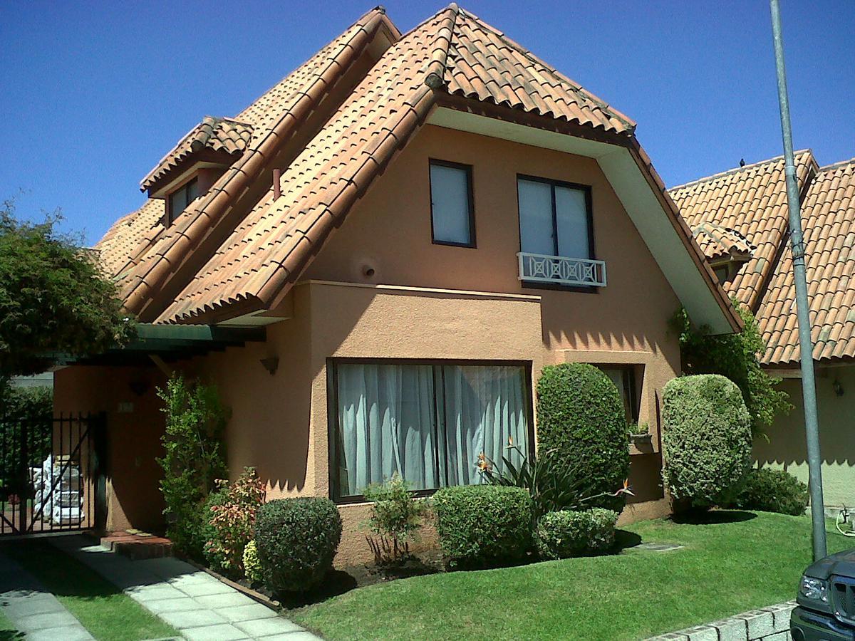 Foto Casa en Alquiler en  Altos De La Horqueta,  Countries/B.Cerrado  blanco encalada al 800