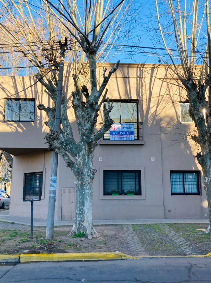 Foto Departamento en Venta en  Quilmes ,  G.B.A. Zona Sur  Alvear al 200