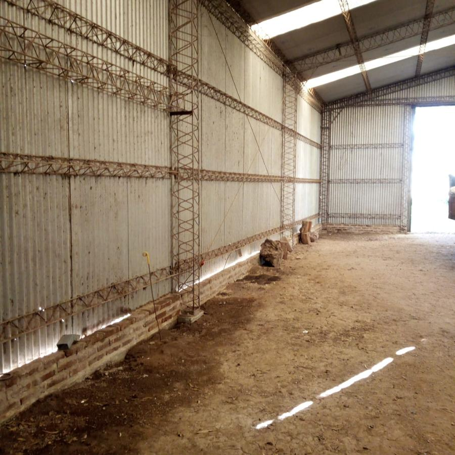 Foto Galpón en Alquiler en  Torres,  Lujan  Alquiler de Galpon rural en Torres