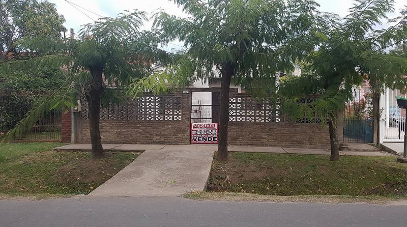 Foto Casa en Venta en  La Reja,  Moreno  CONTADO - Padre Ansaldo al 800