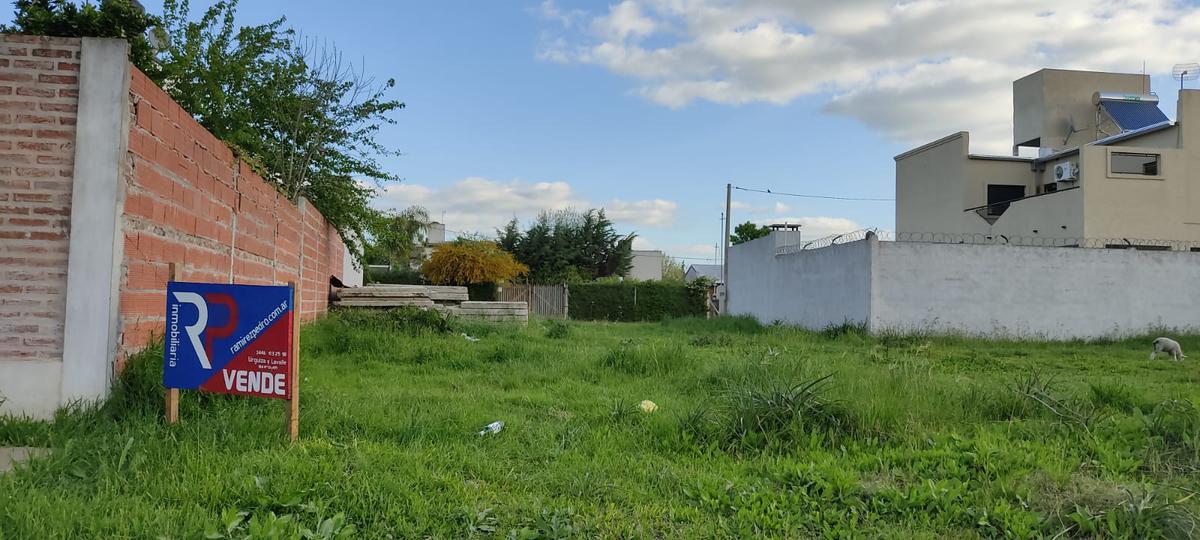Foto Terreno en Venta en  Gualeguaychu ,  Entre Rios  54 al 2500