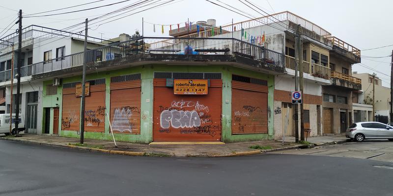 Foto Local en Alquiler en  Valentin Alsina,  Lanus  Alfredo Palacios al 3300