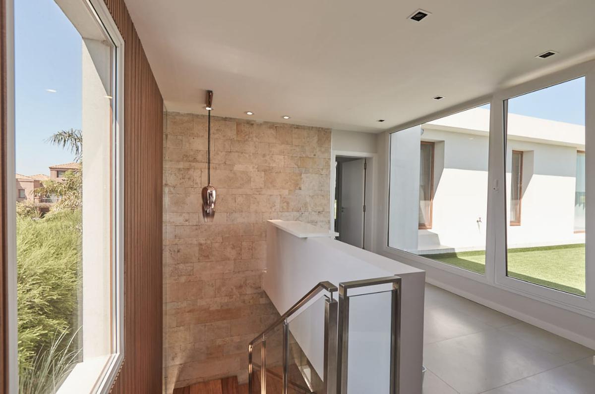 Foto Casa en Venta | Alquiler en  El Golf,  Nordelta  Nordelta El Golf