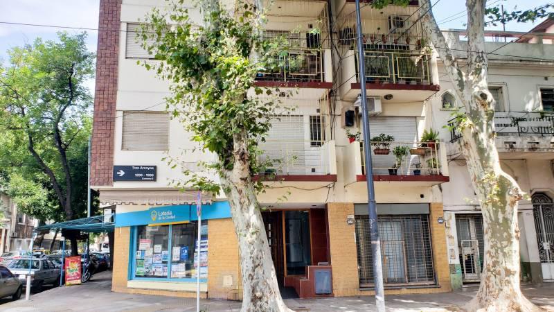 Foto Departamento en Venta en  Caballito ,  Capital Federal  Tres Arroyos al 1200