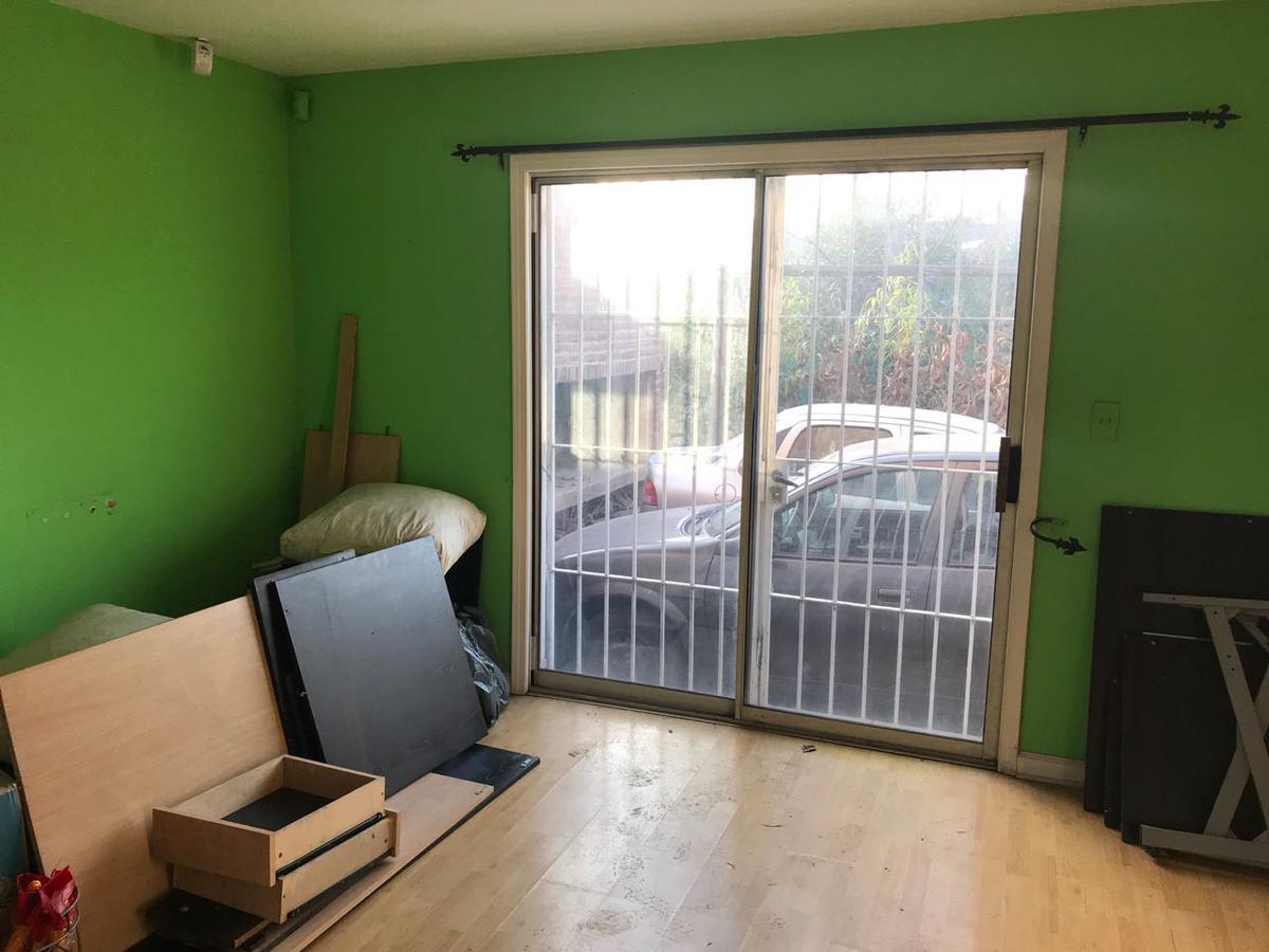 Foto Local en Venta en  Villa Alpina I,  Pilar  Ideal fin comercial como rentadora, lavadero de autos, otros.