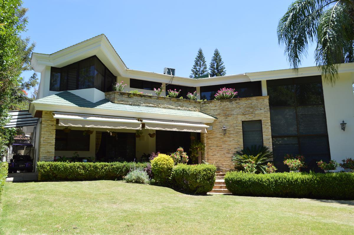 Foto Casa en Venta en  Las Cañadas,  Zapopan  Nogalera 33