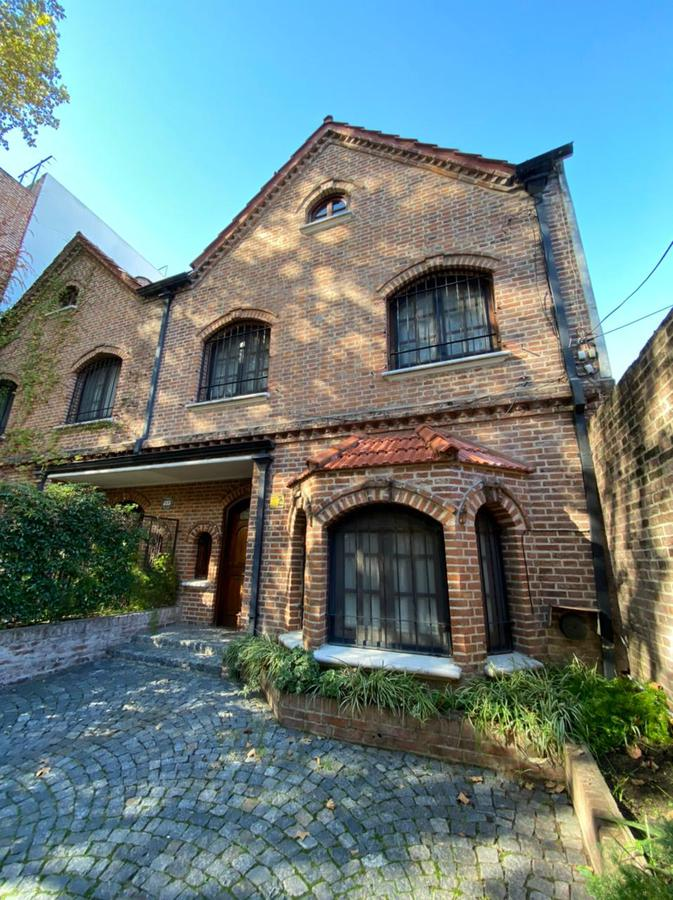 Foto Casa en Venta en  Martinez,  San Isidro  Emilio Mitre 71, San Isidro, Martínez