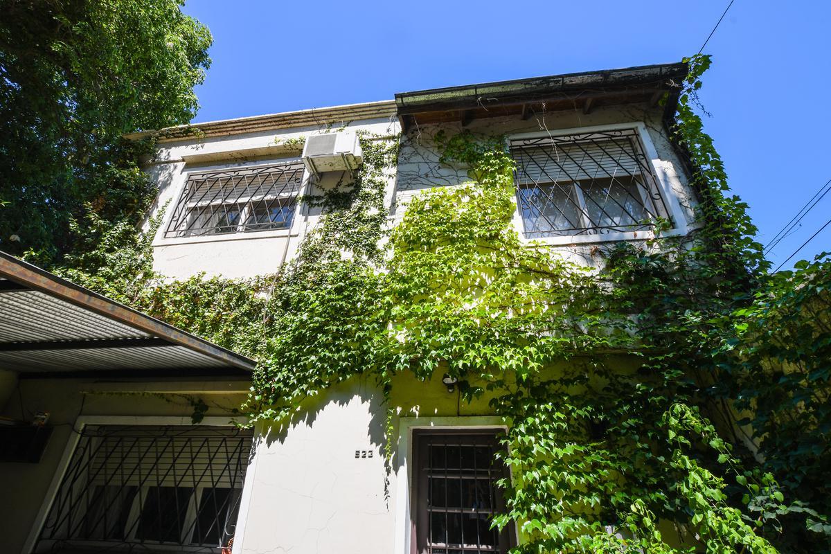 Casa de 3 dormitorios con terraza y parrillero - Fisherton