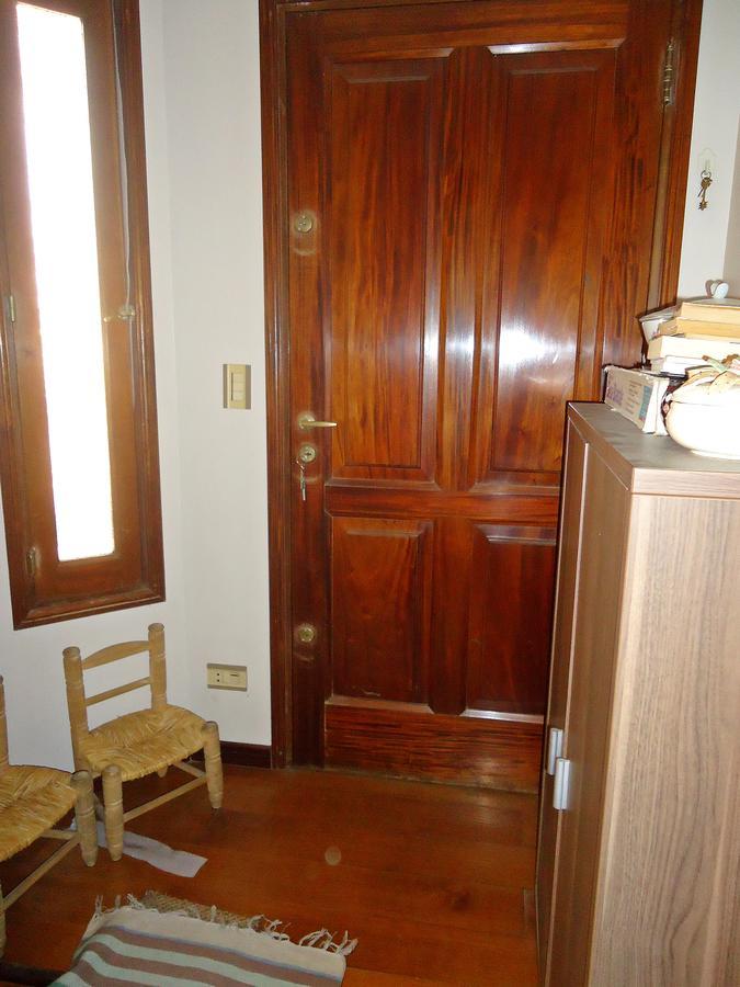 Foto Casa en Venta en  Olivos-Roche,  Olivos  Valle Grande al 2200