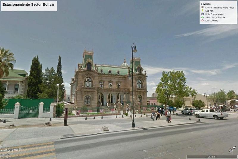Foto Local en Venta en  Zona Centro,  Chihuahua  Estacionamiento