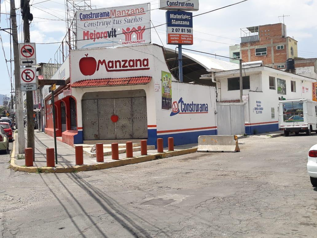 Foto Local en Venta en  Toluca ,  Edo. de México  LOCAL COMERCIAL CON BODEGA Y OFICINAS EN VENTA UBICADO EN TOLUCA
