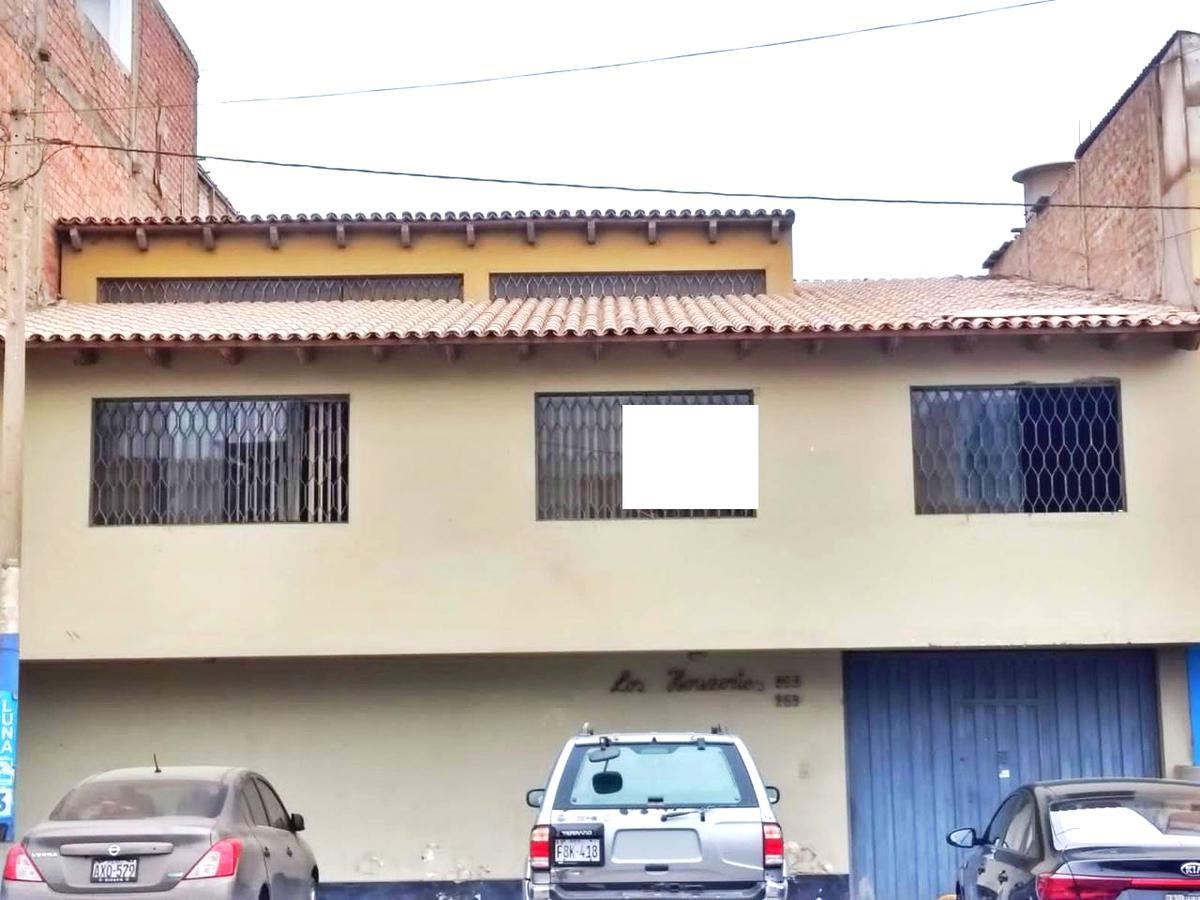 Foto Local en Venta en  Chorrillos,  Lima  Calle Alameda los Horizontes