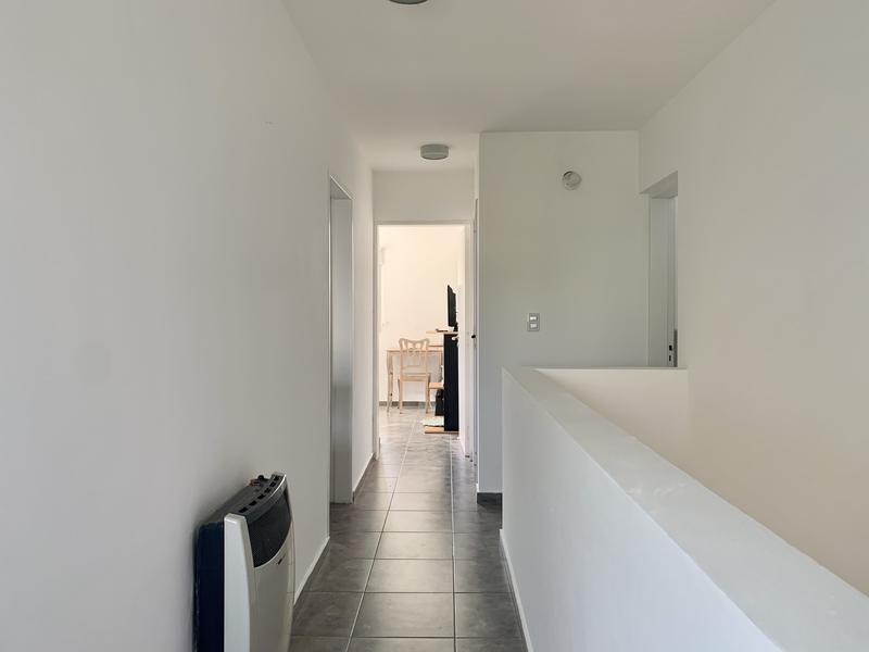 Foto Casa en Venta en  Villa Rivera Indarte,  Cordoba Capital  Dúplex de 2 dormitorios en venta en La Catalina. Con pileta.