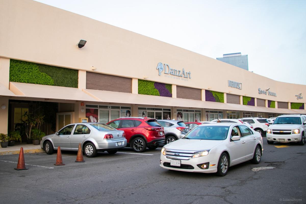 Foto Local en Renta en  Fraccionamiento Las Americas,  Boca del Río  PLAZA SANTA ANA, Local comercial en RENTA de 80 y 160 m2