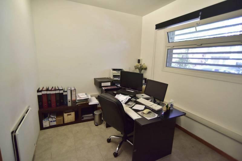 Foto Oficina en Venta en  Martinez,  San Isidro  Córdoba al 100