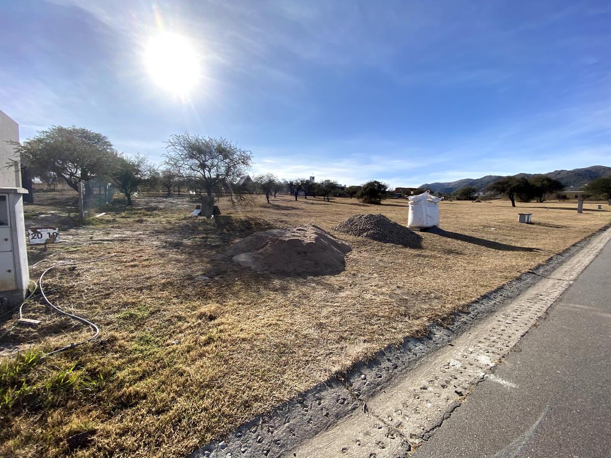 Foto Terreno en Venta en  Malagueño,  Santa Maria  Lotes en La Arbolada Hollywood
