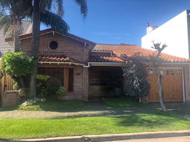 Foto Casa en Venta en  Ramos Mejia,  La Matanza  Venezuela al 500