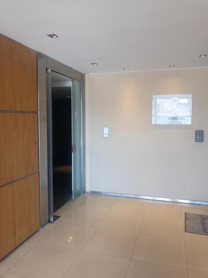 Foto Oficina en Alquiler en  Centro,  Cordoba  SAN JERONIMO al 100