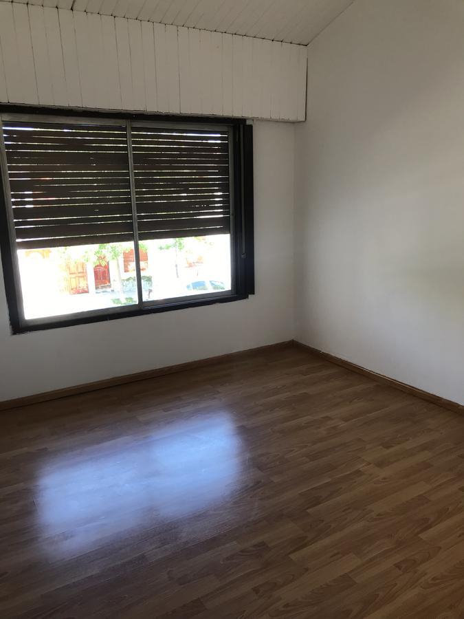 Foto Casa en Venta en  Villa Farrell,  Capital  Casa 4 dormitorios - Río Diamante al N° 380 - B° Villa Farrell- Neuquén Capital