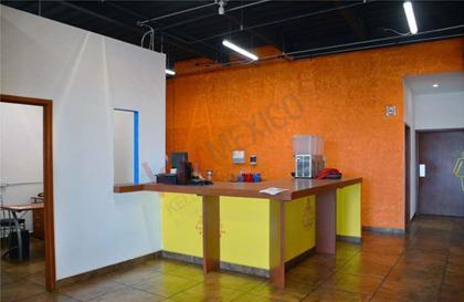 Foto Local en Renta | Venta en  Metepec ,  Edo. de México  Restaurante en venta o renta en Las Torres Metepec