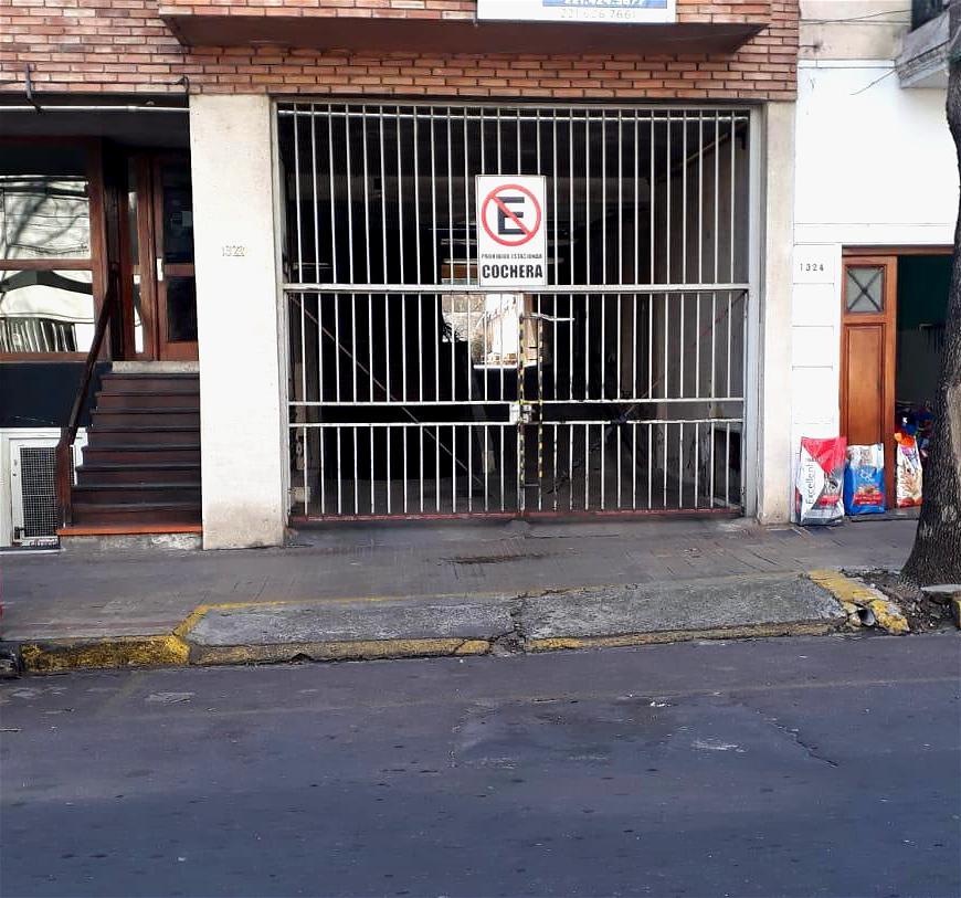 Foto Cochera en Venta en  Plaza Rocha,  La Plata  6 entre 59 y 60