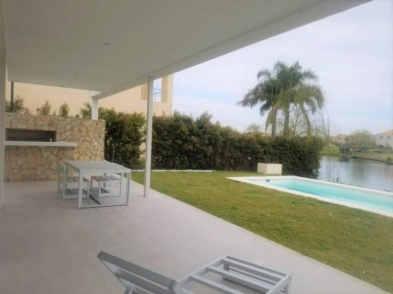 Foto Casa en Venta en  Los Lagos,  Nordelta  Los lagos al 100