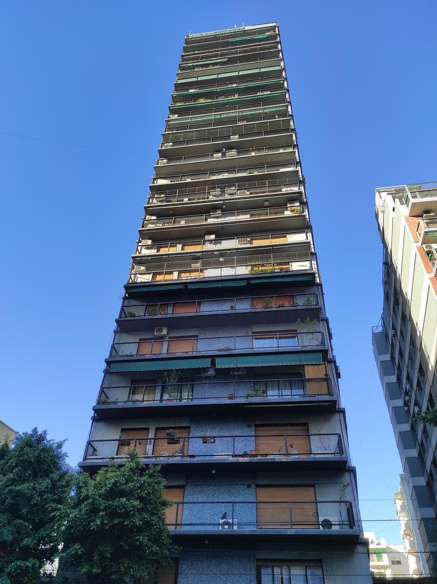 Foto Departamento en Alquiler en  Caballito ,  Capital Federal  Av. La Plata al 100