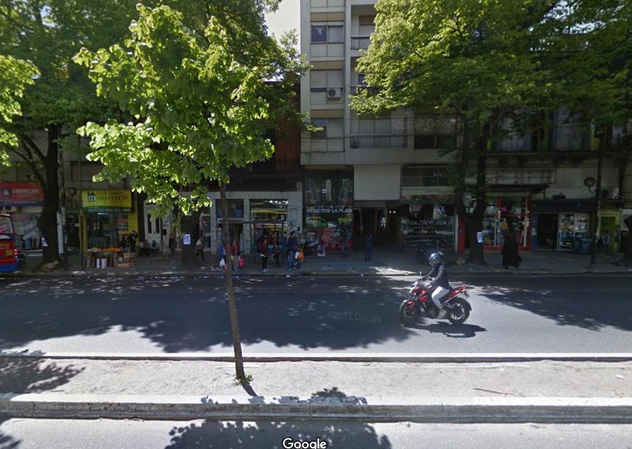 Foto Local en Venta en  Plaza Italia,  La Plata  Avda. 7 e/45y46