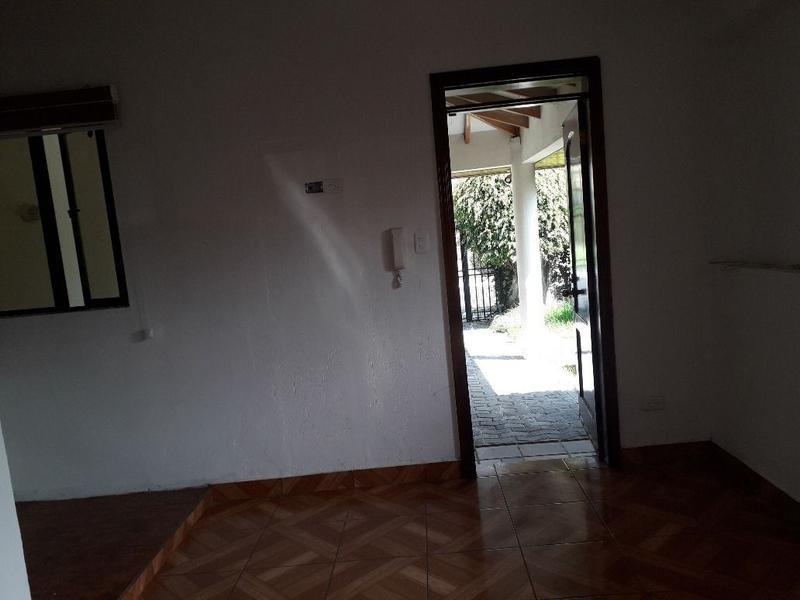 Foto Departamento en Alquiler en  Cumbayá,  Quito  Geovanni Bellini, La Primavera 2