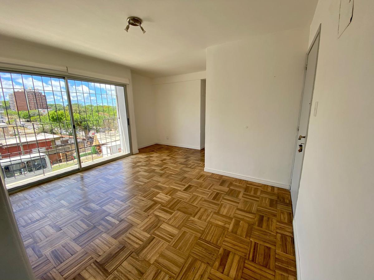 Foto Apartamento en Venta en  Malvín ,  Montevideo  Estanislao Lopez Malvin Sur