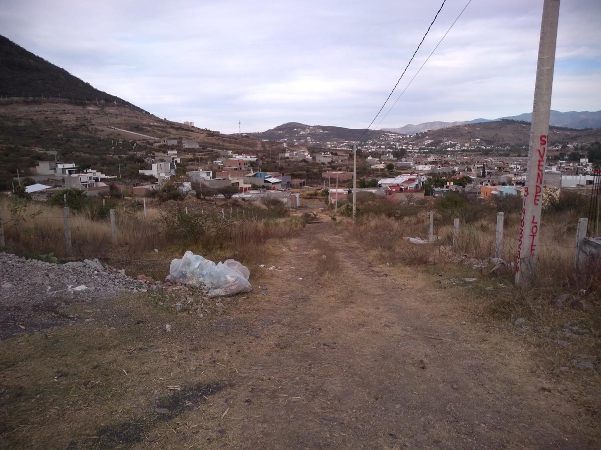 Foto Terreno en Venta en  Mil Cumbres,  Morelia  EX-EJIDO DE SAN MIGUEL DEL MONTE
