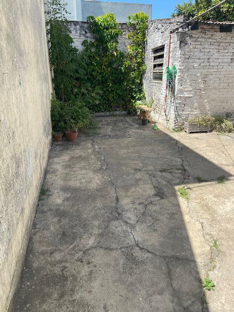 Foto Casa en Venta en  Lomas Del Mirador,  La Matanza  Venancio Flores al 300