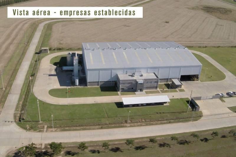 Foto Campo en Venta en  Zarate,  Zarate  Parque Industrial Zarate 200 ha