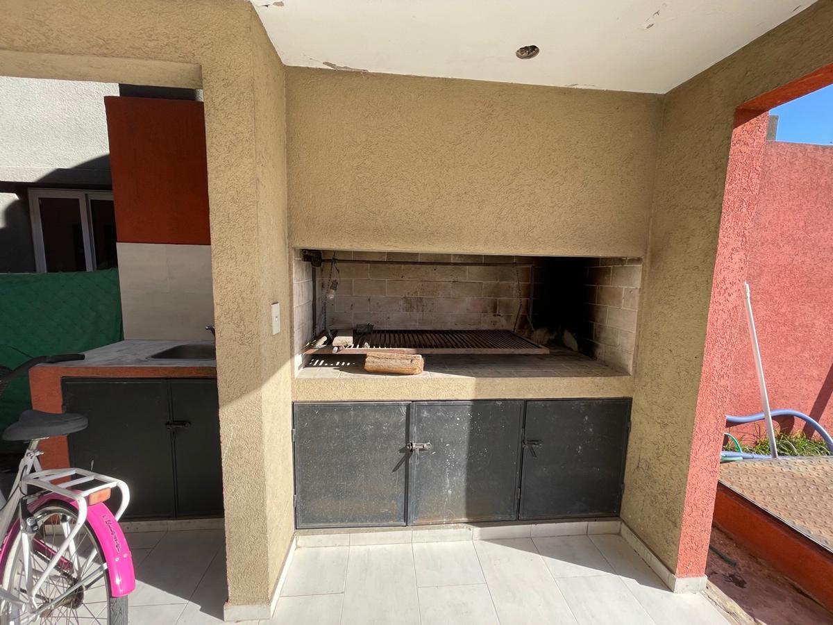 Foto Casa en Venta en  San Miguel,  San Miguel  Rodriguez Peña al 2400