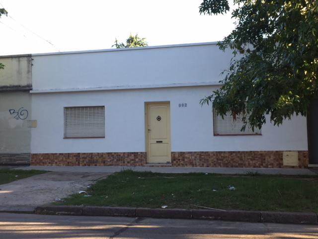 Foto Casa en Venta en  Lomas de Zamora Oeste,  Lomas De Zamora  PEREYRA LUCENA 992 e/C.Croce y Jose Maria Penna