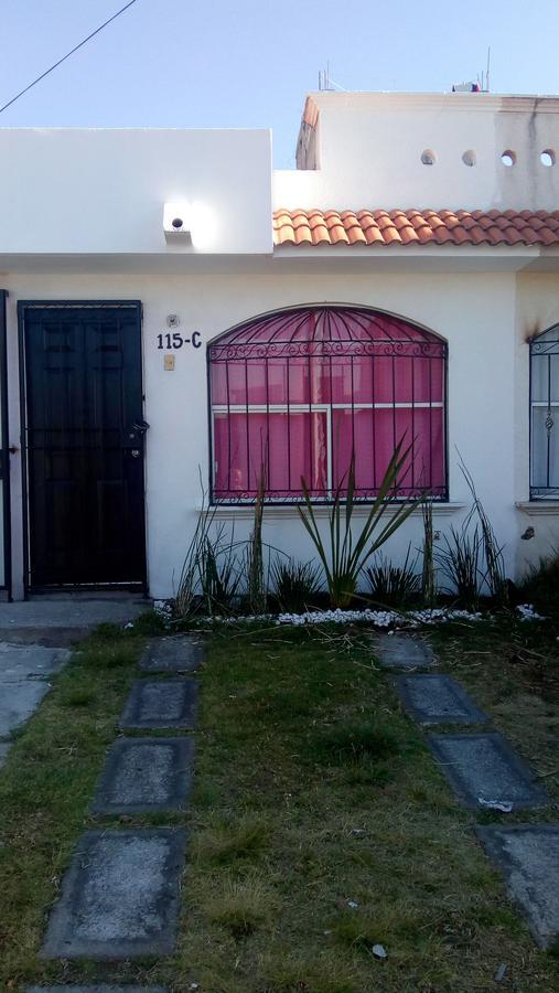 Foto Casa en Venta en  La Loma,  Toluca  GRAN OPORTUNIDAD REMATO CASA EN FRACCIONAMIENTO LA LOMA II, ZINACANTEPEC ACEPTO TU CREDITO INFONAVIT
