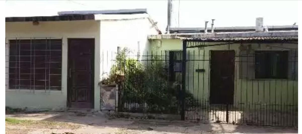 Foto Casa en Venta en  Ituzaingó ,  G.B.A. Zona Oeste  Grecia al 2100