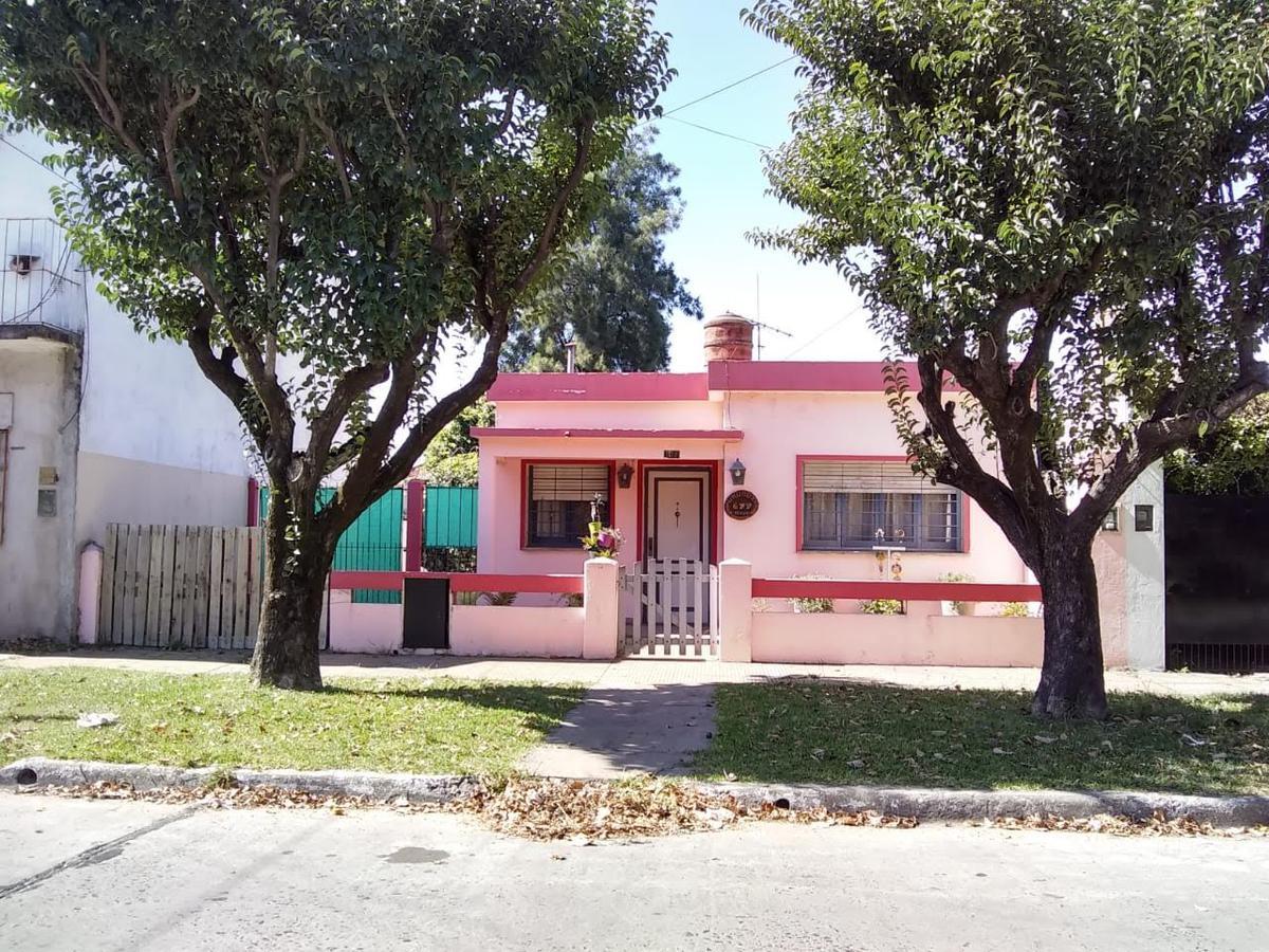 Foto Casa en Venta en  Moreno,  Moreno  URUGUAY al 600