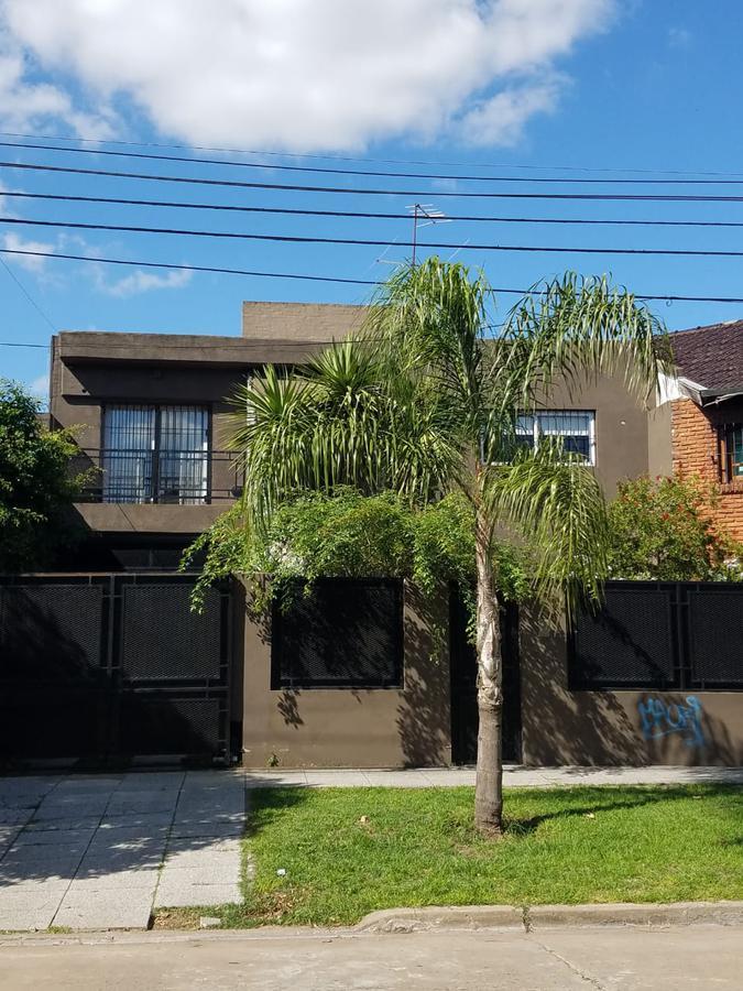 Foto Casa en Venta en Piran al 800, Argentina | G.B.A. Zona Oeste | Ituzaingó