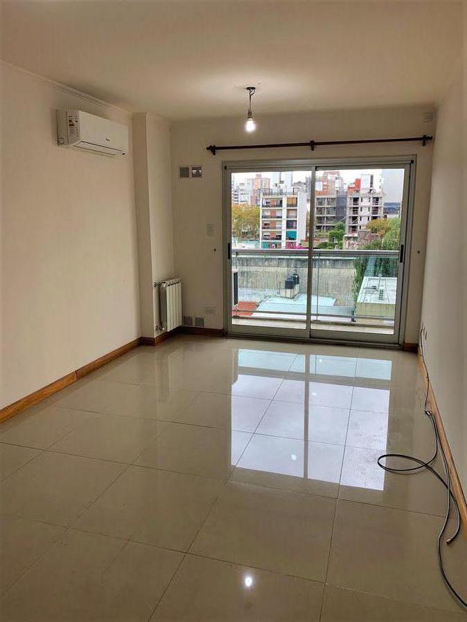 Foto Departamento en Alquiler en  Macrocentro,  Rosario  Pueyrredon 674 04-02
