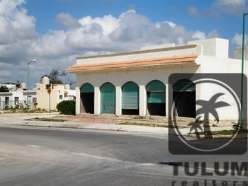 Foto Local en Venta | Renta en  Solidaridad,  Playa del Carmen  Local comercial Villamar