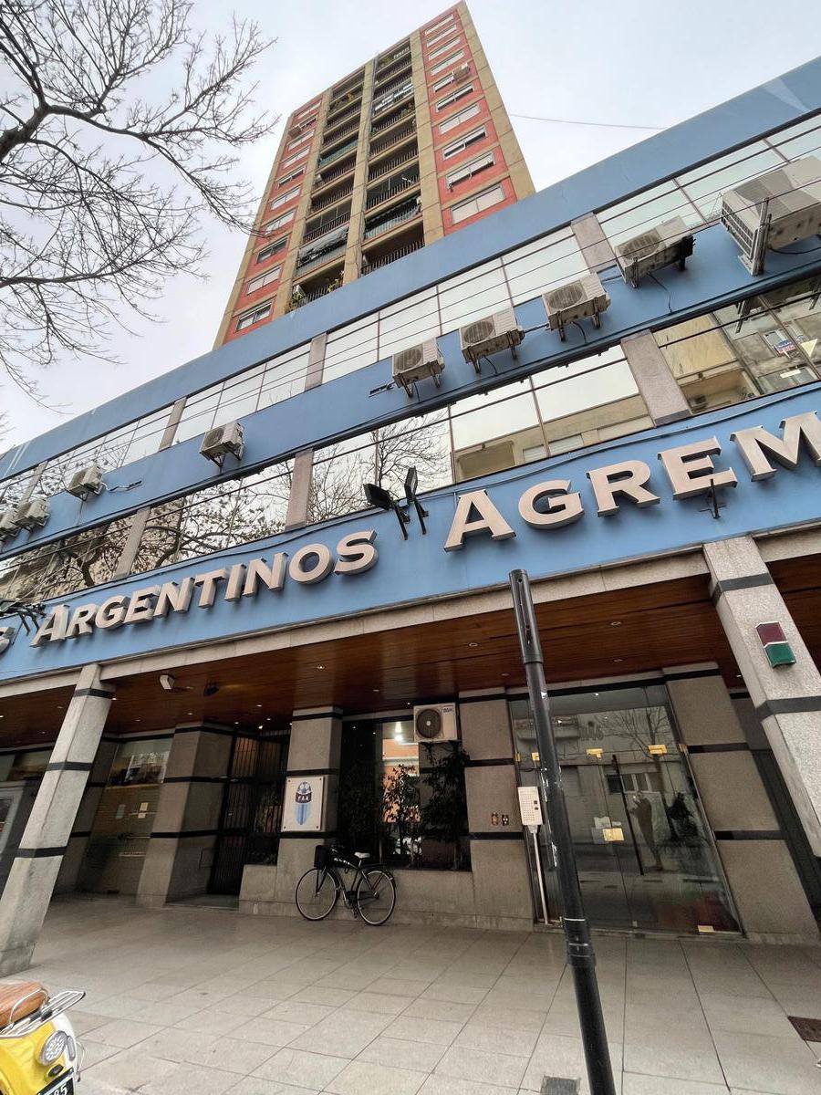 Foto Departamento en Alquiler en  Constitución ,  Capital Federal  Salta al 1100