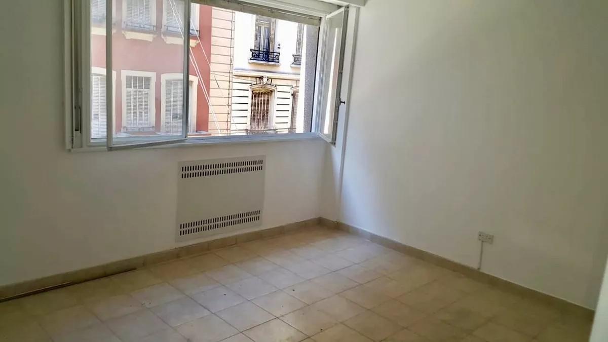 Foto Departamento en Venta en  Balvanera ,  Capital Federal  CASTELLI 100 2°