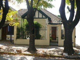 Foto Casa en Venta    en  Lomas de Zamora Oeste,  Lomas De Zamora  PORTELA, FRANCISCO 300