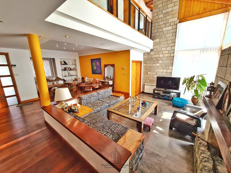 Foto Casa en Venta en  P.Luro,  Mar Del Plata  Rejon al 3700