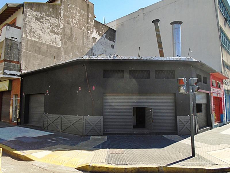 Foto Local en Venta en  Monte Castro,  Floresta  Alvarez Jonte, Av. al 4000