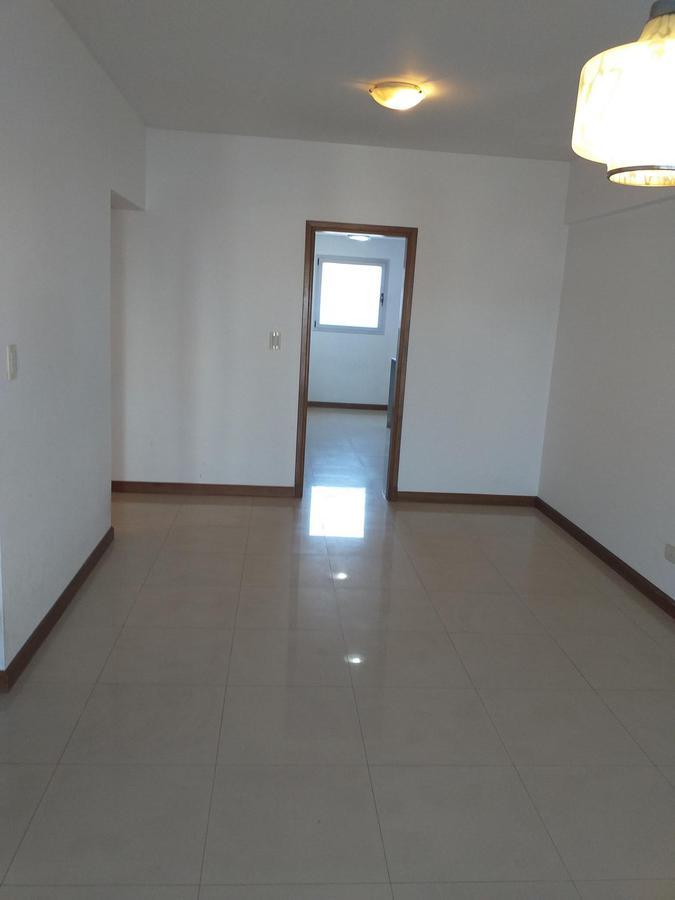 Foto Departamento en Venta en  Ramos Mejia Sur,  Ramos Mejia  AVELLANEDA al 300