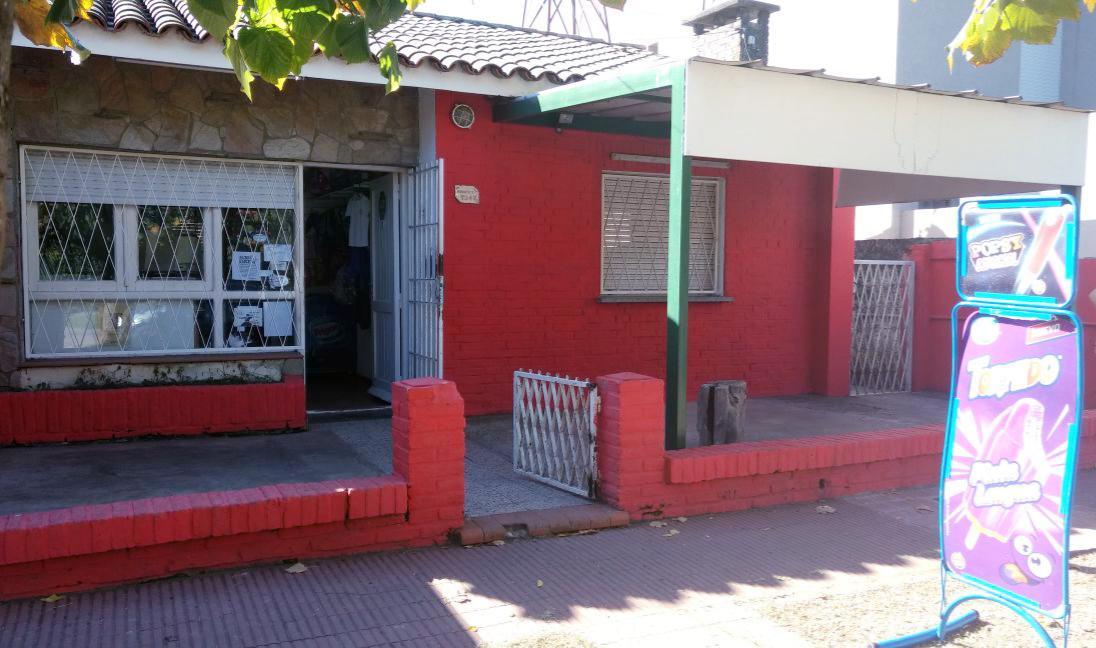 Foto Local en Venta en  Rosario ,  Santa Fe  Morrison al 7900