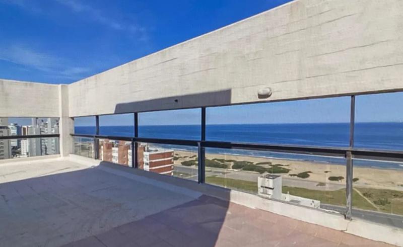 Foto Apartamento en Alquiler en  Roosevelt,  Punta del Este  Edificio de  categoria, sobre Roosevelt!