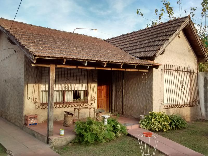 Foto Casa en Venta en  Villa Luzuriaga,  La Matanza  Arribeños al 4600